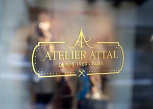 Création d'un logo pour l'Atelier ATTAL situé à Paris - Créateur de sandales, tropeziennes, sur-mesure